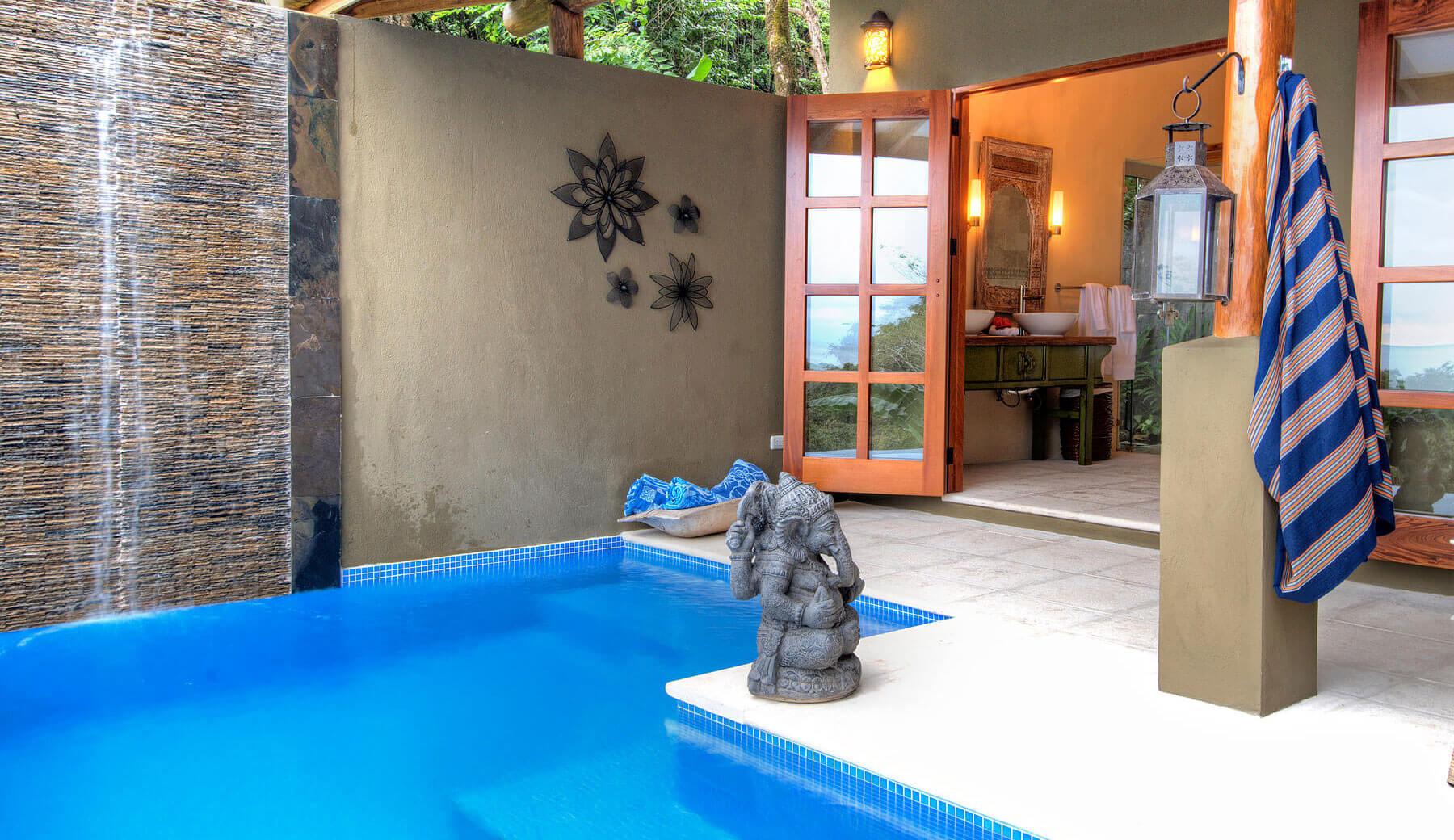 private pool villas costa rica mal pais
