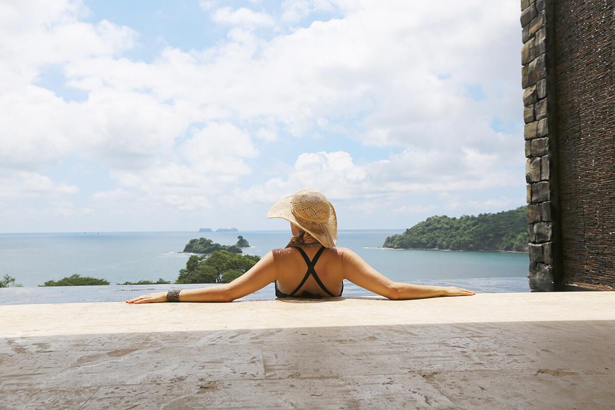 Costa Rica Holiday Season